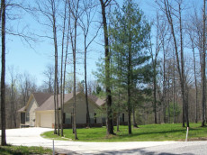 Stone Cliff Acres Level Wooded Home sites